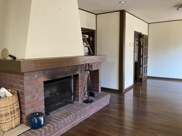室内 リビング・暖炉