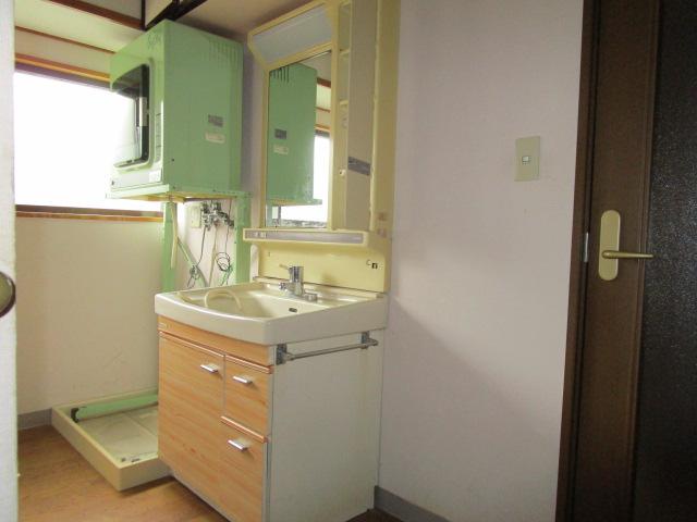1階洗面所です。