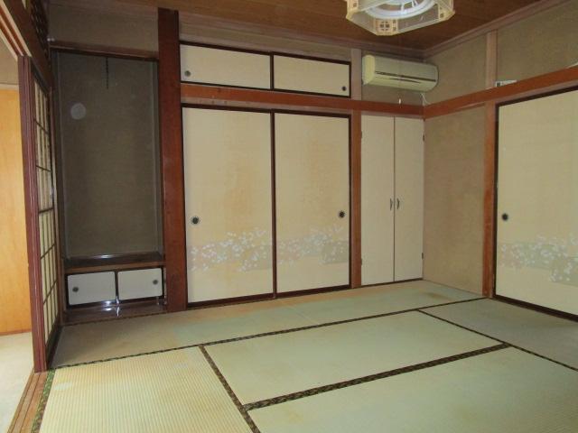 1階南西和室です。