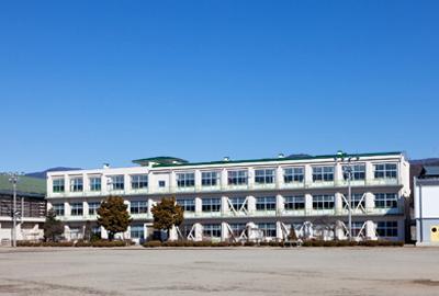 下諏訪中学校