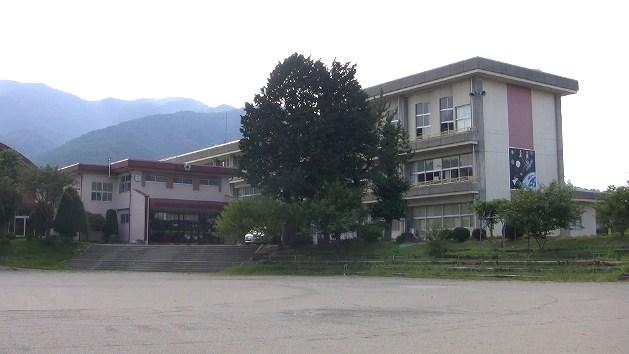 西春近北小学校