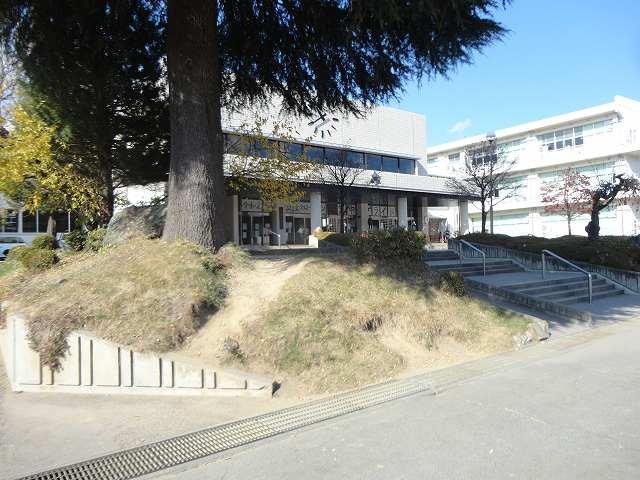 町立箕輪中学校