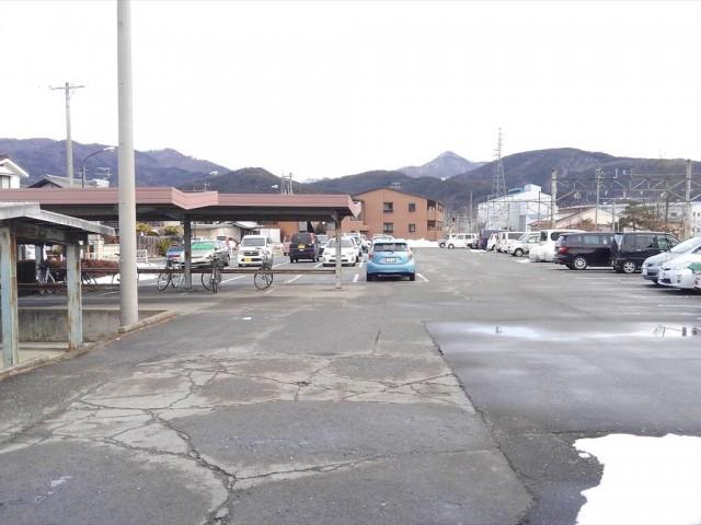 聖高原駅前駐車場