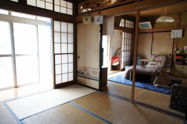 1F6帖和室。2部屋合わせて14帖の空間になります。