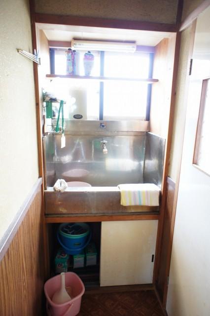 洗面。  こちらもリフォームが推奨と見受けられます。