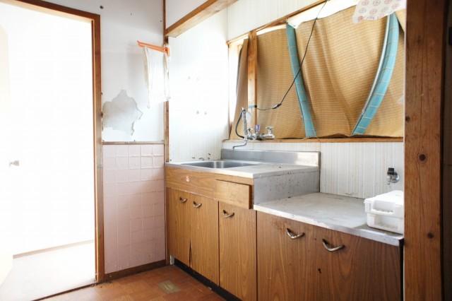 2階にもキッチンがありますが、使用不能です。