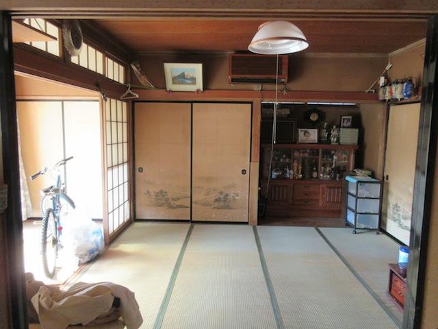 1F8畳和室