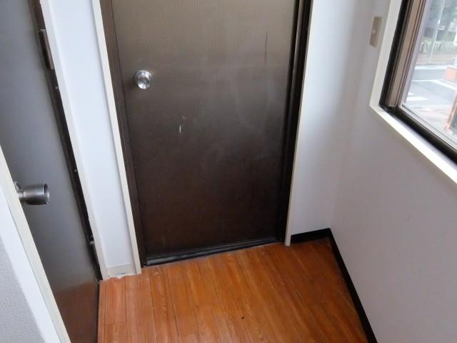 北側階段からの入り口