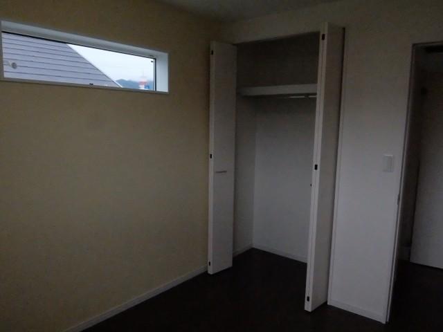 2階洋室+収納