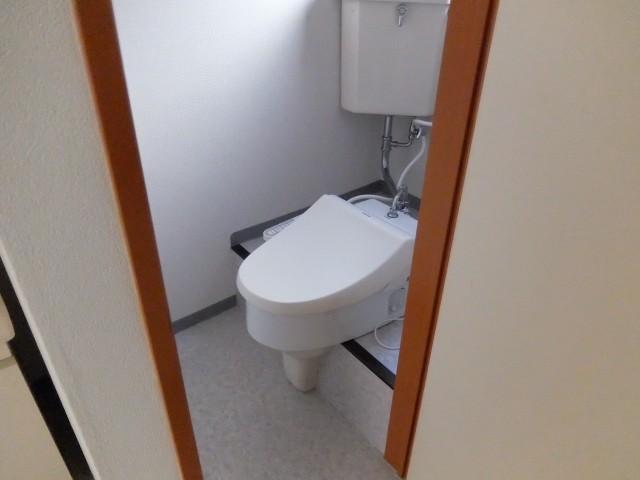 洗浄式トイレ