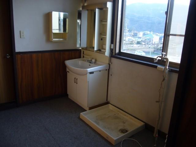 3階 洗面・洗濯機置き場