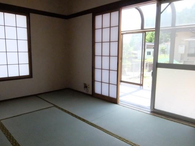1階和室+サンルーム