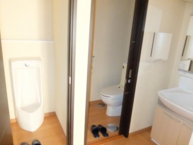 ②号館トイレ