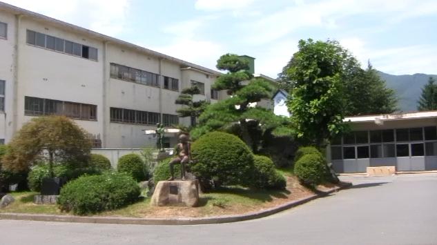 辰野東小学校