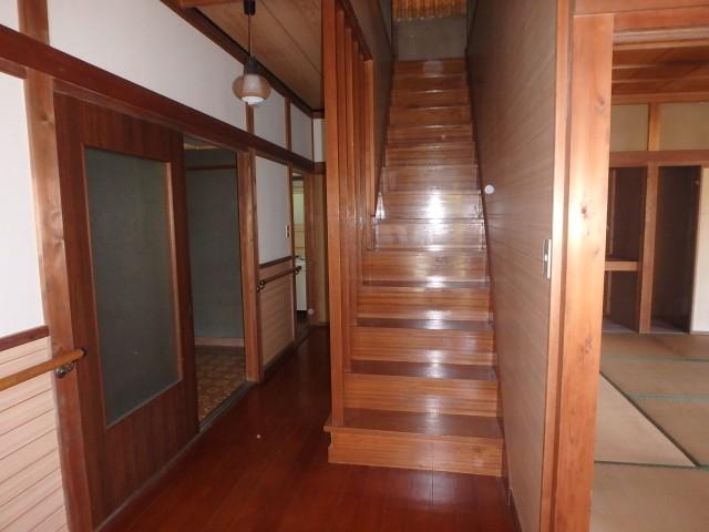 階段(北側)