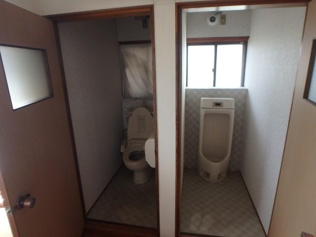 1階西側トイレ