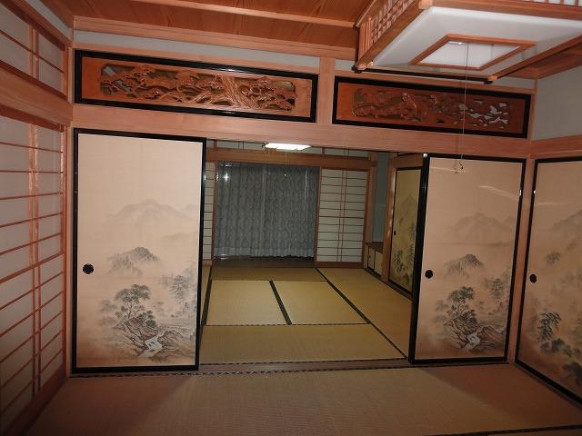 北側の客室から南側の客室