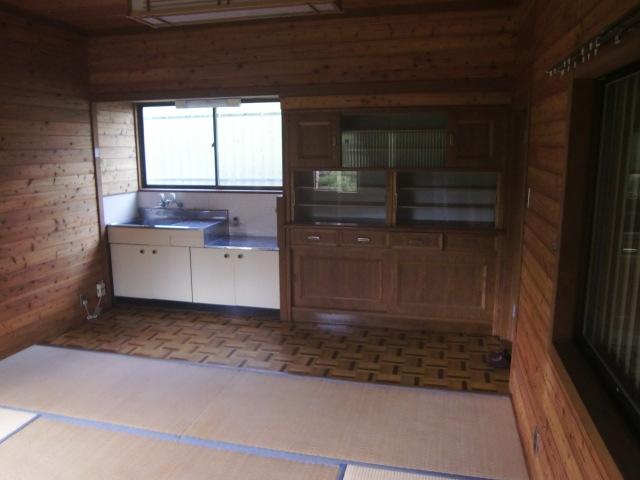 囲炉裏部屋キッチン