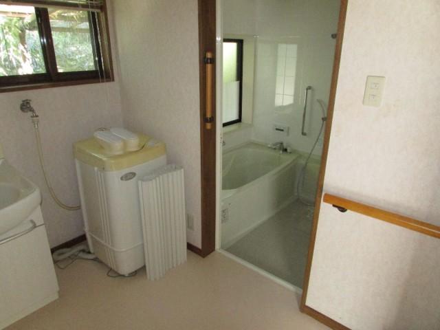 母屋 洗面・脱衣~浴室
