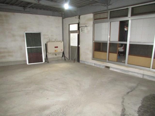 車庫~和室