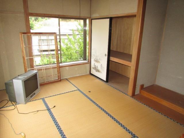 別棟の事務所2階和室