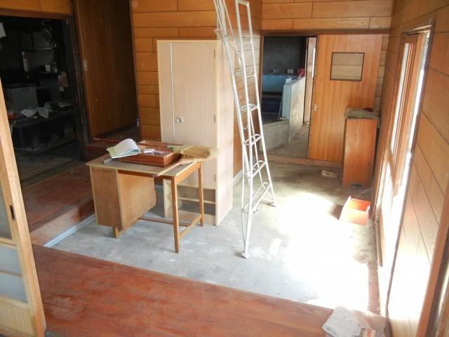 玄関(土間)~浴室