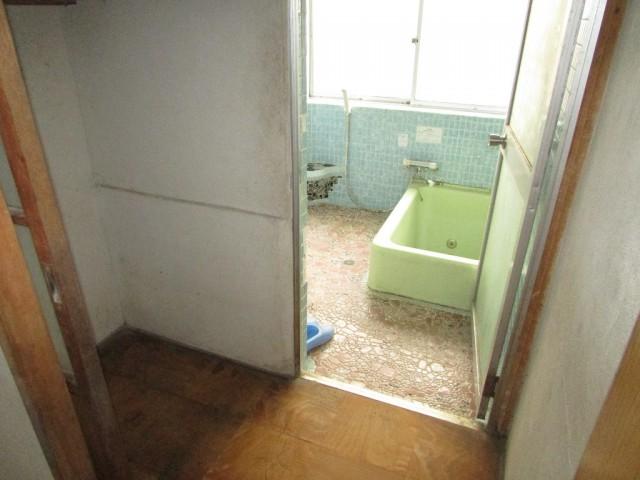 脱衣~浴室