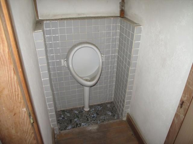 【1階】トイレ1