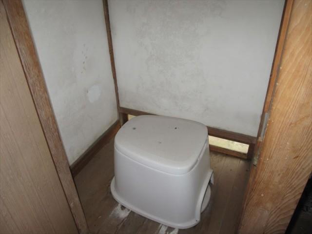 【1階】トイレ2