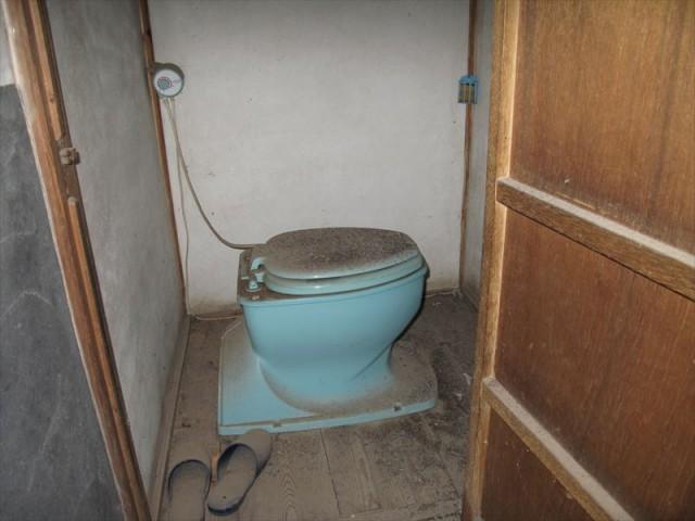 【屋外】トイレ1