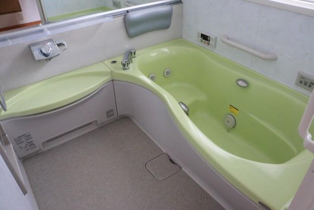浴室追い炊き機能付き
