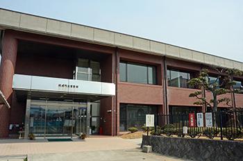 坂城町立図書館
